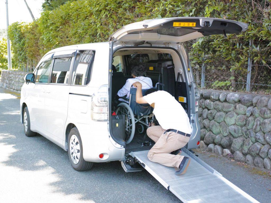 車椅子ご利用者乗車の様子